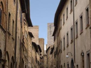 Historical Palace   San Gimignano WiFi free