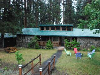 Tecumseh Spring Rentals -The RockHouse, Crater Lake