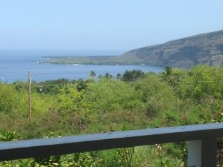 Kealakekua Bay Farm- 3 ac. gated home & farm, Captain Cook