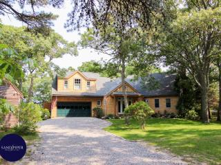 #7717 Private 4+ acre waterfront retreat w/ dock, Weston