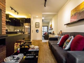 Modern 1 Bedroom Apartment in the Heart of Jardins, São Paulo