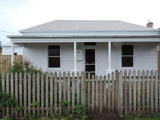 LILY COTTAGE...BANK STREET, Port Fairy