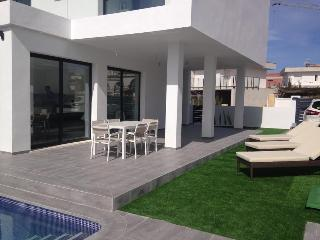 A new Contemporary Villa Gran Alacant , private pool