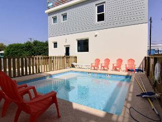Brand new 8 bedroom 6 bath home in fabulous Terrace Landing! Private Pool!, Port Aransas