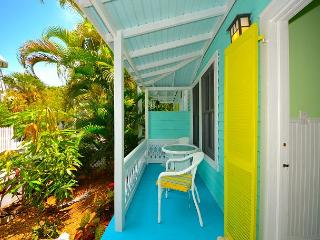 PARADISE ON PEARL - BEAUTIFUL KEY WEST HOME IN QUIET NEIGHBORHOOD