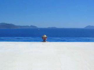 MAGNIFICENT SEA FRONT VILLA  WITH PRIVATE BEACH, KAS