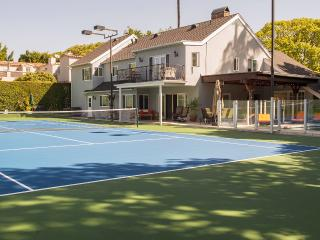 Beverly Hills Tennis Retreat