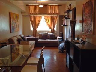 Eastwood Condo - Great location, safe & clean, Quezon City