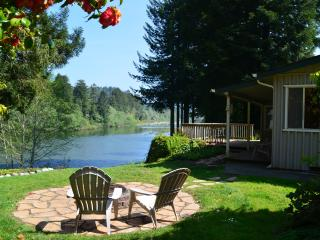 River Front Home On The Beautiful Smith River
