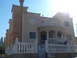 Casa Rey Kenny, Villamartín