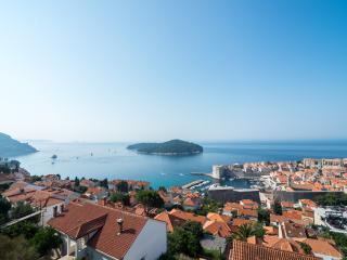 Amazing View of the Old Town Dubrovnik Felix