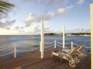 BELLE AMOUR... 5BR fall in love again! Breathtaking sunsets right on the ocean..