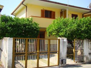 Affitto Casa Vacanza - Aloise M., Fiumefreddo Bruzio