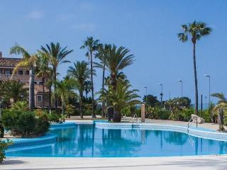 Duplex 7 pers. frente Bahia Cádiz Complejo piscina