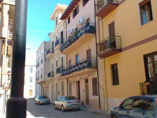 Well postioned flat in Italian village on  coast., Acquedolci