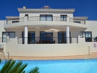 Villa Amphora, Paphos