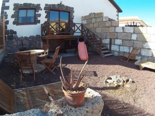 Apartamento en el Médano de 3 habitaciones con jardín y vistas al mar.