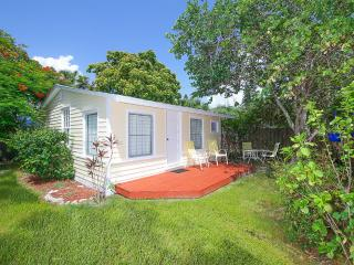 1bed 1Bath Cottages Available Now For Summer Fun, Longboat Key