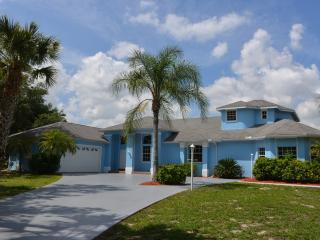 Villa blue oasis in Florida, Fort Myers, Lehigh, Lehigh Acres