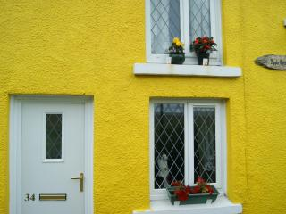 Apple cottage, Ammanford
