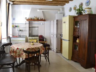 Spacious Apartment heart of Cannaregio with wifi