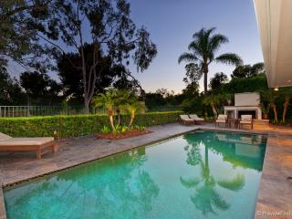 Spacious, Luxury Home w/Pool On Private Golf, Rancho Bernardo