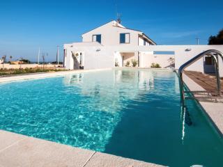 MELUS MARIS - Junior Suite - Swimming pool