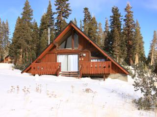 Ski in/Ski out Slope side cabin - Chalet #1, Mammoth Lakes