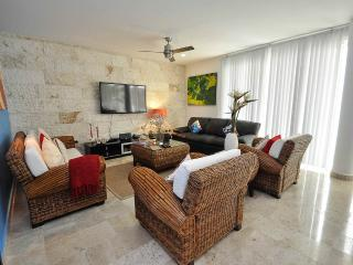 Mamitas Village Beach Condo, Playa del Carmen