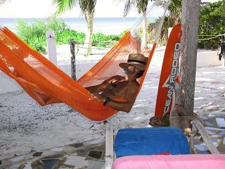 One Digit beach front, El Cuyo