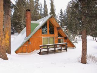 Ski In/Ski out Slope side cabin - Chalet #7, Mammoth Lakes