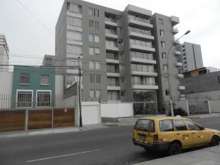 Apartamento con dos dormitorios y kitchenet