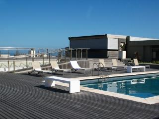 Apartment with Sea View 118, Milnerton