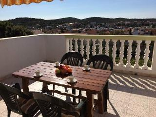 Horvat Apartment B in Jezera next to Tisno