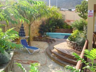 Villa with heated pool, 3 bedrooms, Costa Adeje, Tenerife