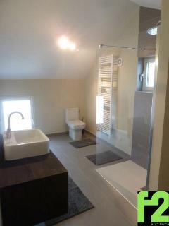 4 salles de bain