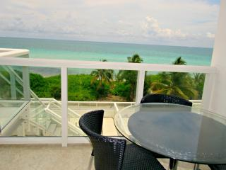 Two-Bedroom Apartment with Ocean View, Miami Beach