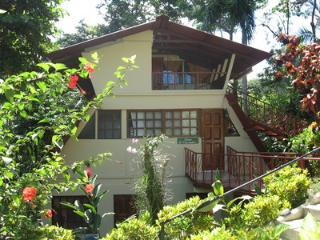Casa Pescador, Sleeps 5, Manuel Antonio National Park