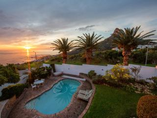 Mountain Villa, Camps Bay, Cape Town, South Africa (special offer)