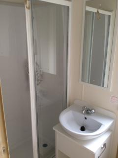 BATHROOM WITH ELECTRIC SHOWER   WITH 2ND SPEERATE TOILET