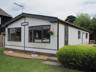 Riverbank Lodge Main River Horning - Norfolk Broads