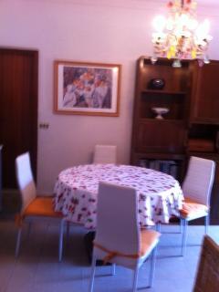 tavolo cucina con sedie