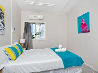 Inner City Executive Rooms - Room 2 - Share Accommodation Property, Cairns