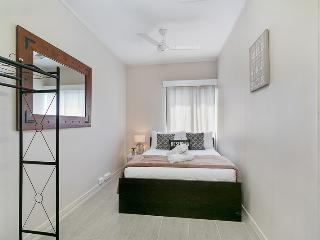 Inner City Executive Rooms - Room 6 - Share Accommodation Property