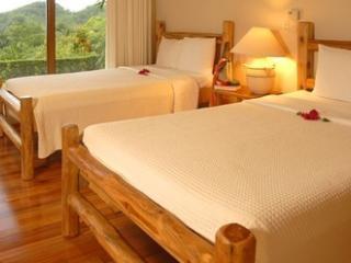 Guanacaste dos dormitorios, Punta Islita
