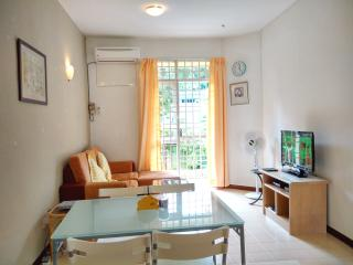 Apple's Cozy Apartment Near The Beach, Batu Ferringhi