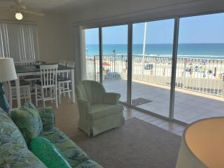 Beach front Condo 2nd floor, Daytona Beach