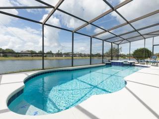 BLUE HORIZON 5-Bed 5-bath not Overlooked on Sunset Lakes