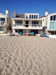 Ocean Front House Right on Sandy Beach
