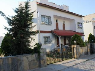 5 Bed. Semi Det. w/Pvt. Pool, Kusadasi